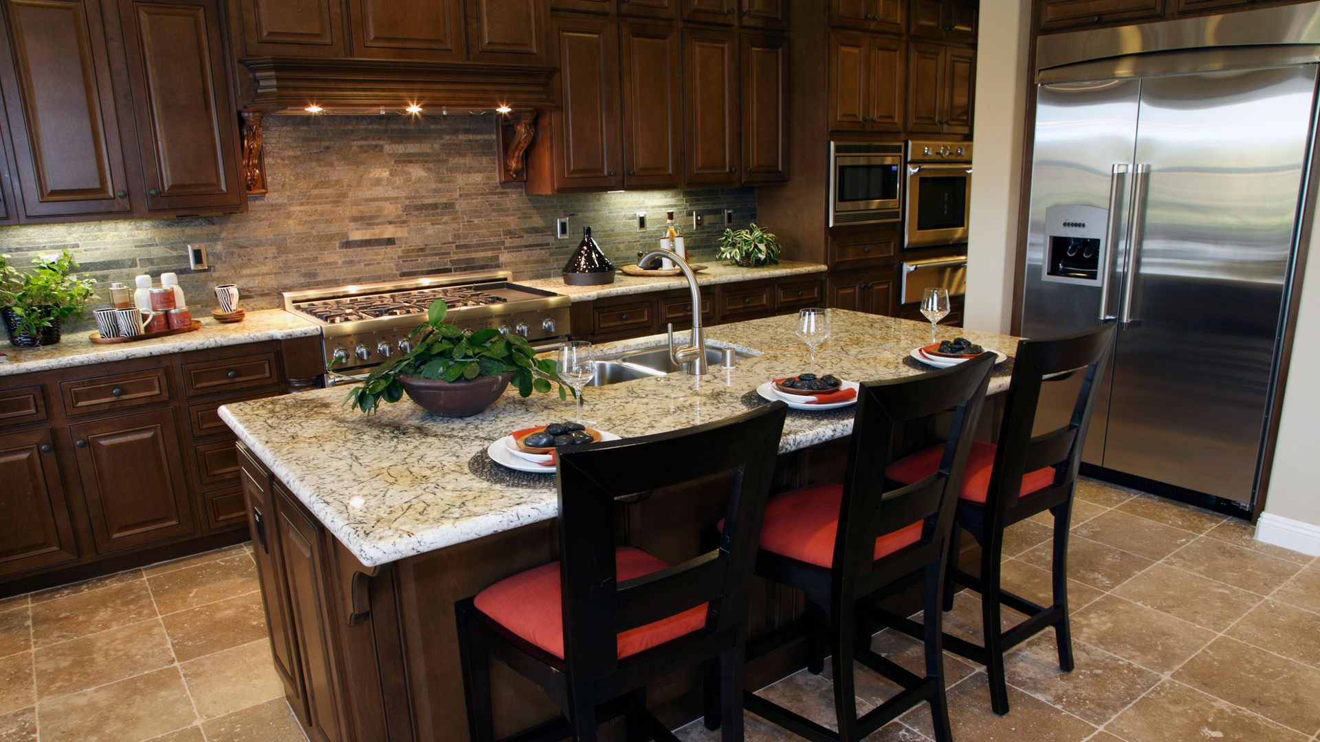How Can You Use A White Gloss Kitchen Worktop With Other Colors?