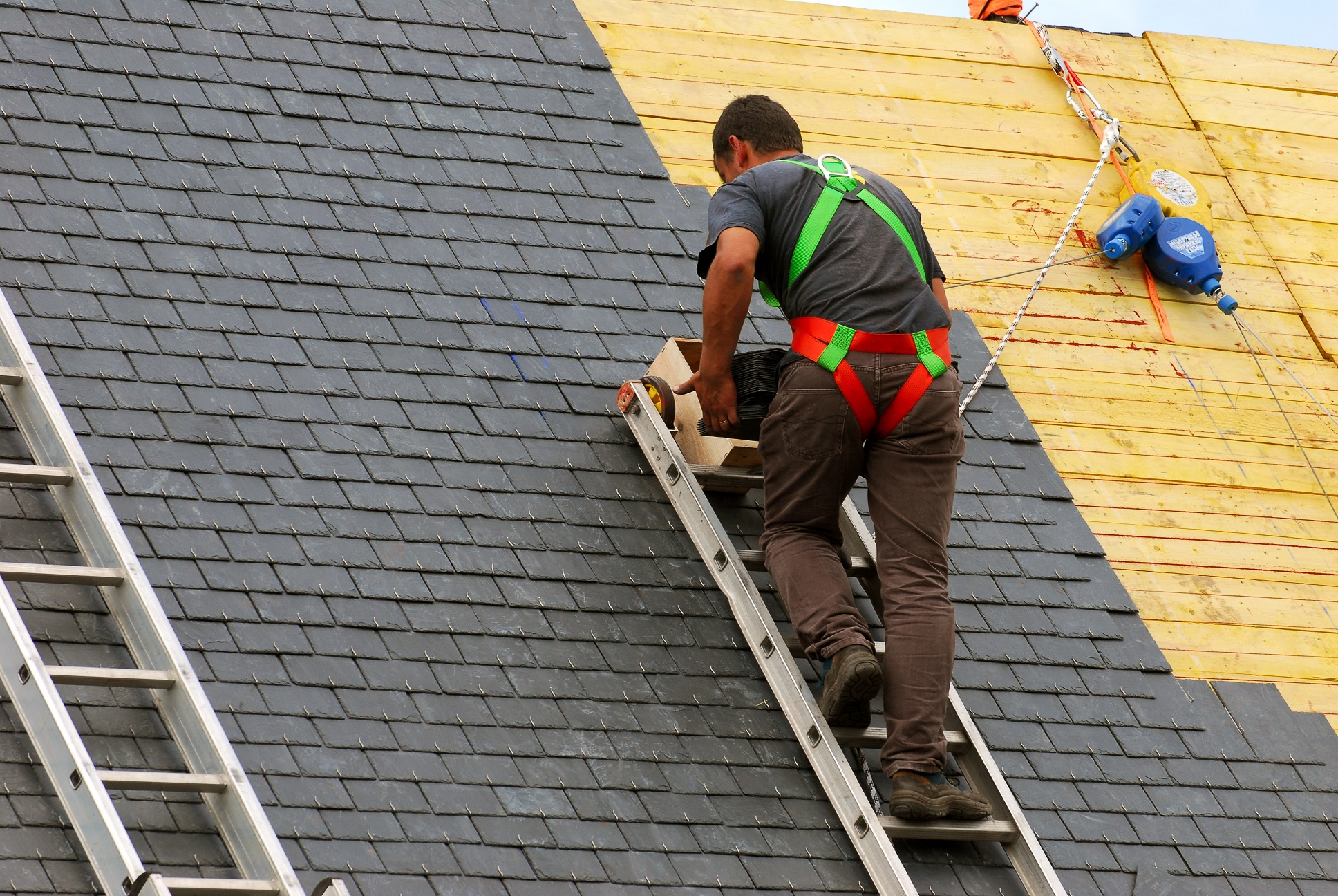 Oklahoma Roofing- Consider Thoroughly To Choose Suitable Material For You